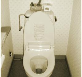 明るく生まれ変わったトイレ