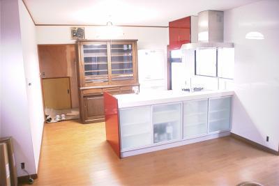 明るく開放感のある住まいリビングキッチン