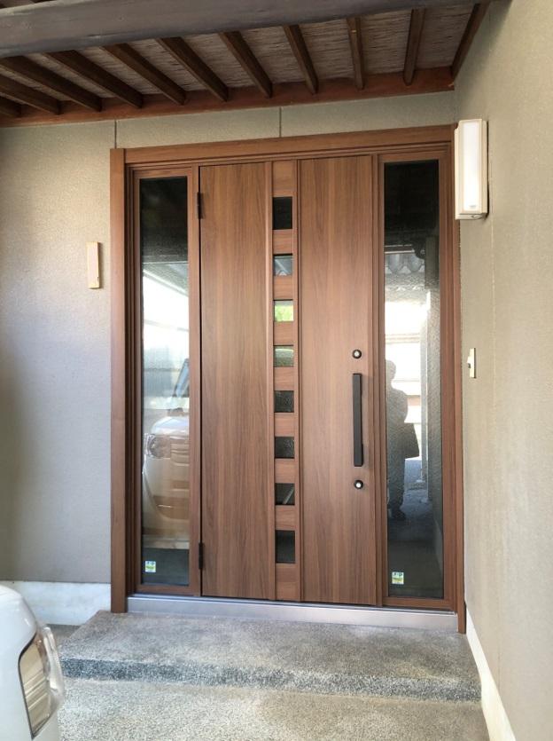 引き戸から片開きのドアへのリフォーム
