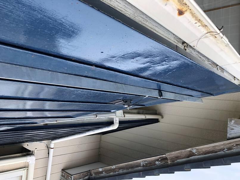 板金屋根塗装及び雪止め設置工事