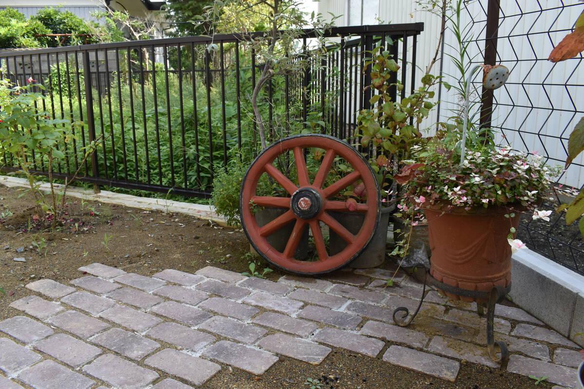 イングリッシュガーデンで植栽を楽しむ庭♪