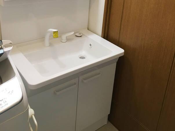 清潔感ある洗面化粧台