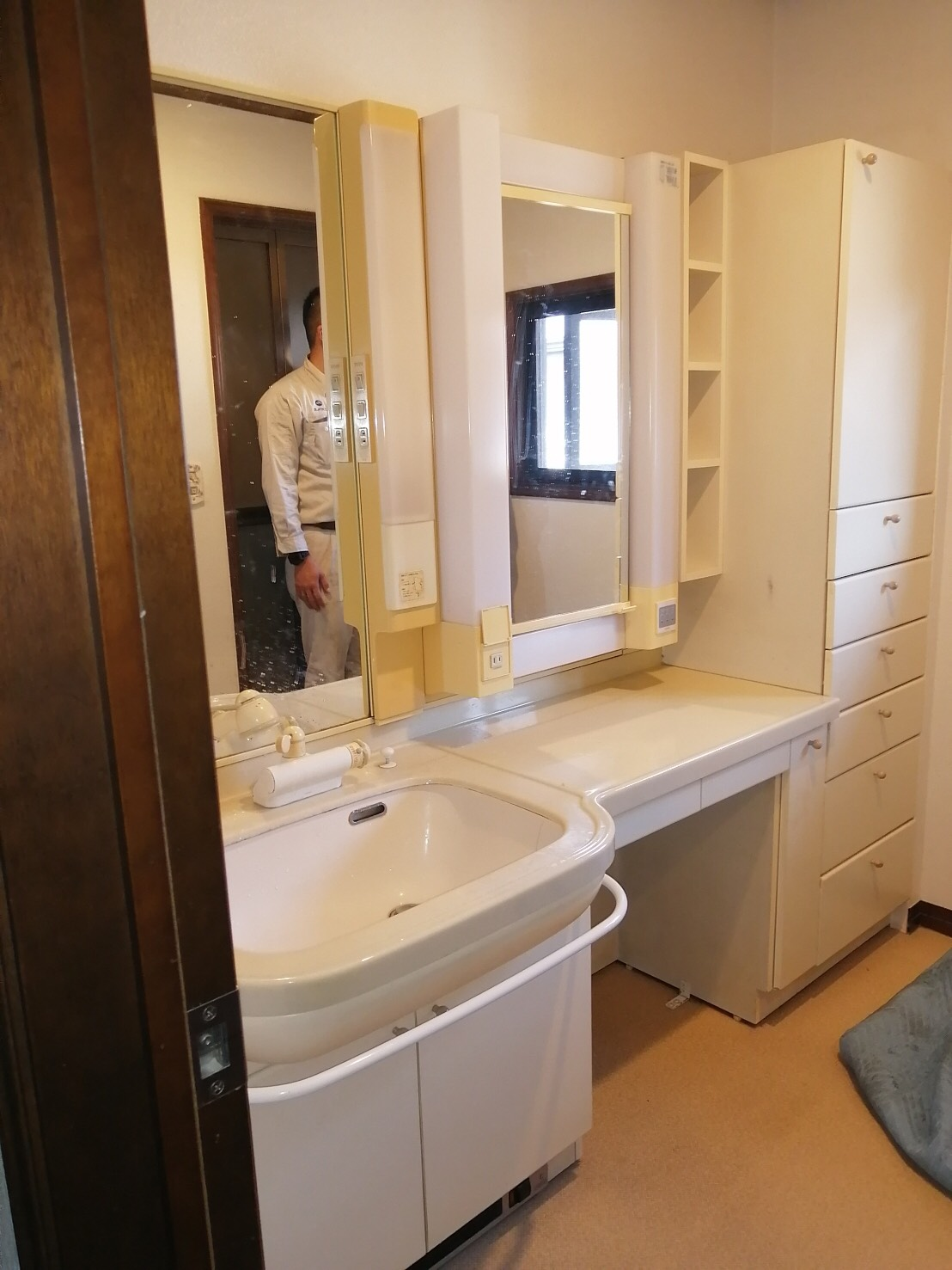 N様邸 すっきりと落ち着いた洗面台をご提案!
