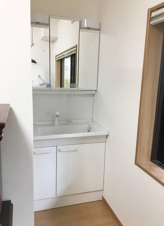 暖かく安心な浴室まわりを実現!