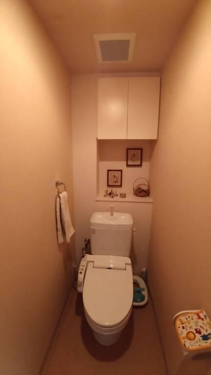 おしゃれで落ち着きのあるトイレ