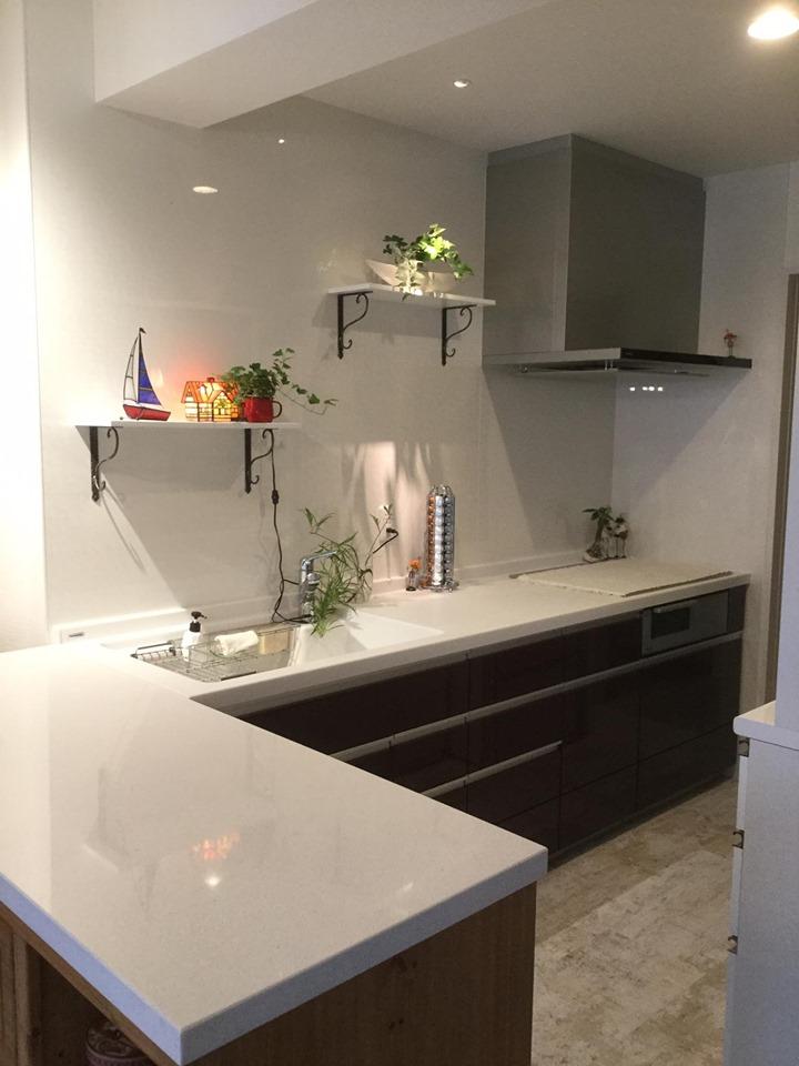 お気に入りの家具をキッチンの一部として活用