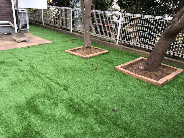 ペットが走れる人工芝の「お庭」