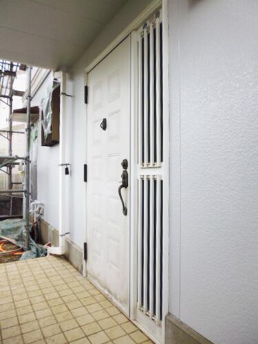 家のセキュリティを考慮・浴槽とキッチンは使いやすさ重視の設備