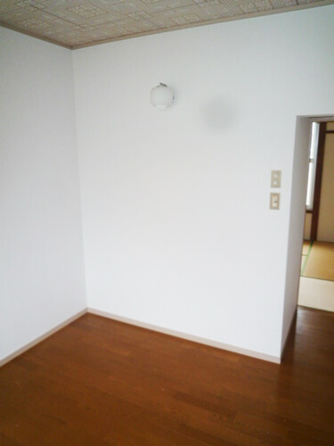 キッチンと浴室を交換・内装のクロスを張り替え