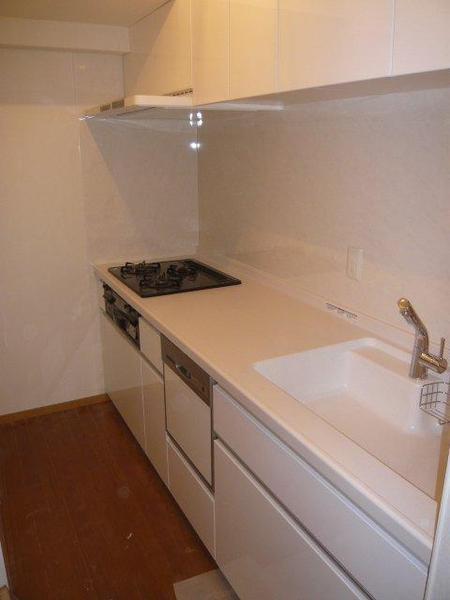 築15年のマンションのキッチン工事のリフォーム事例