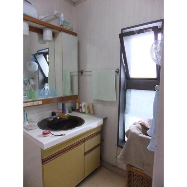 洗面台リフォームで洗濯機の置き場を確保