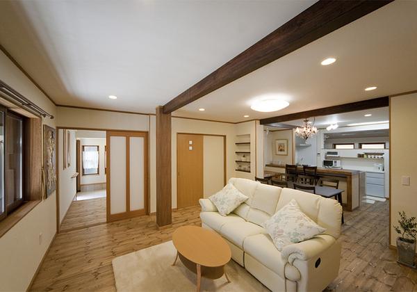 店舗&事務所スペースから、使い勝手のいい居住スペースに変身