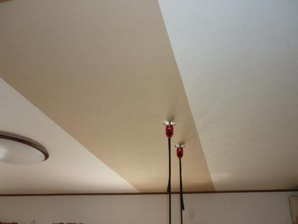 エアコン撤去と天井の補修のリフォーム事例