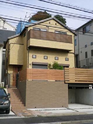 新築住居をひきたてるエクステリアのリフォーム事例