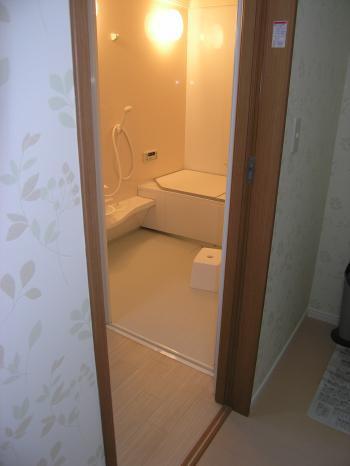 断熱仕様の機能性高い浴室