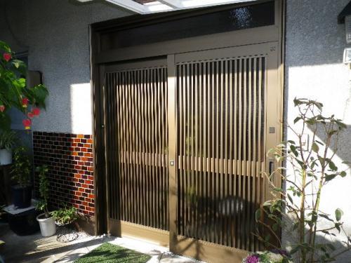 玄関の扉リフォーム