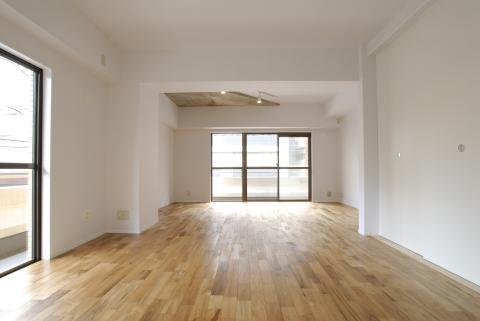 白を基調とした清潔感あふれる空間