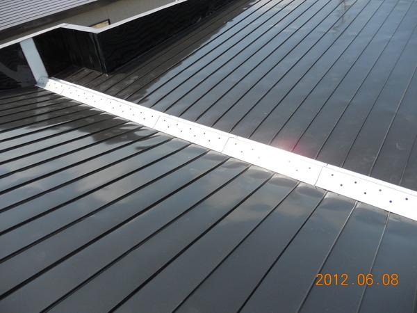 屋根のダクト工事