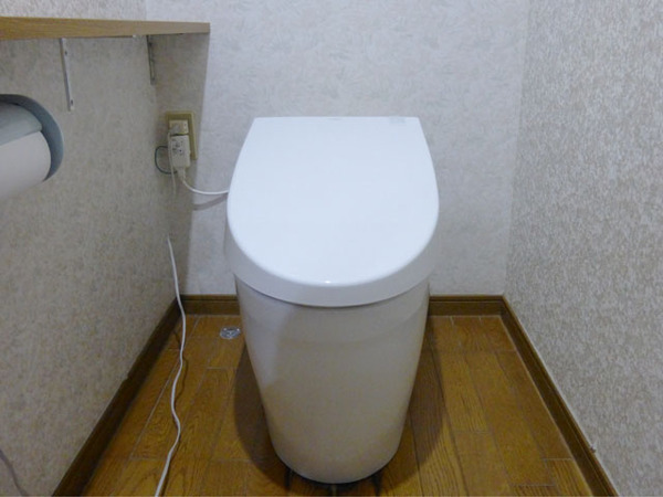 タンクレストイレ設置で空間スッキリ