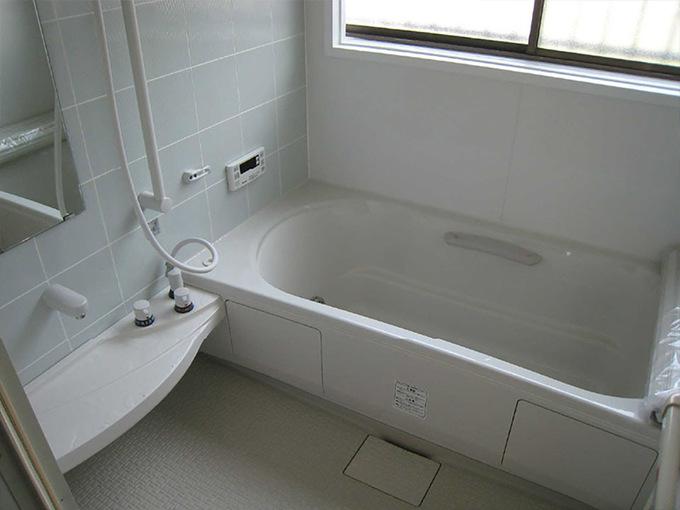 タイルのお風呂からスタイリッシュな空間に!