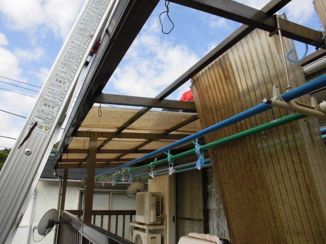 テラス張替工事 トタン屋根ドブ一部取替えて塗装工事