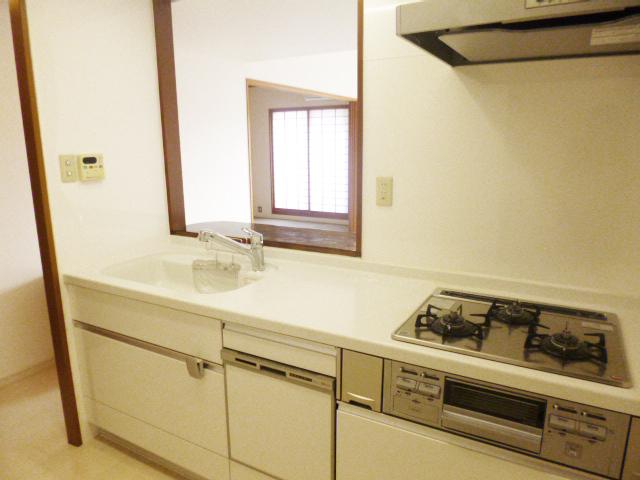 209万円で全体内装とキッチンやトイレをリフォーム!