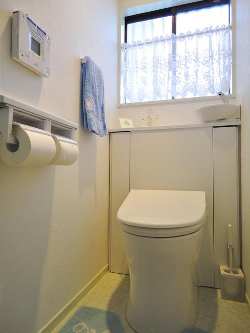 最新型のトイレにリフォーム