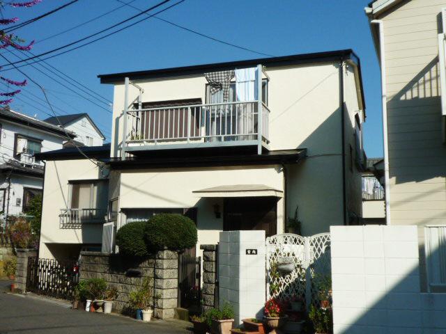 戸建の外装塗り替え&キッチンと洗面台も交換161万円!