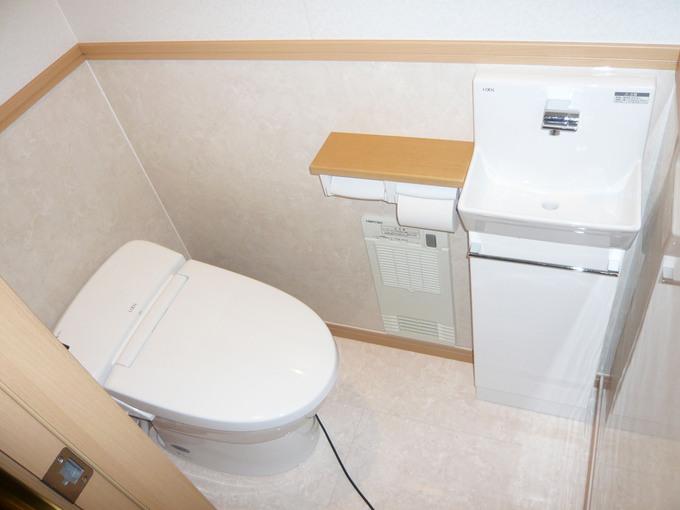 システムトイレと内装と段差解消