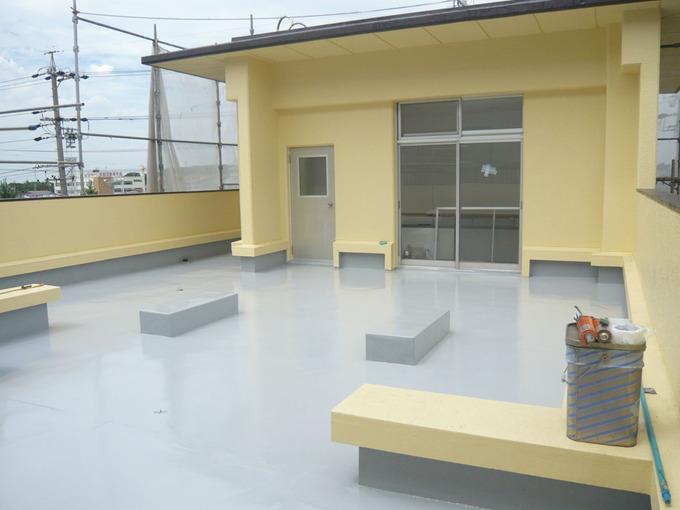 ウレタン防水塗膜と外壁塗装