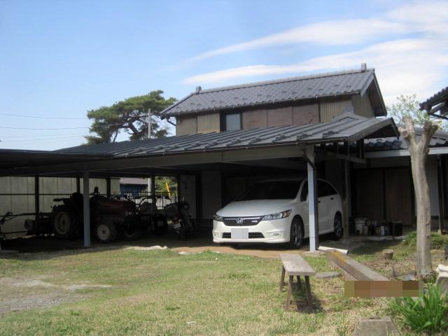 納屋と駐車場の大規模補修