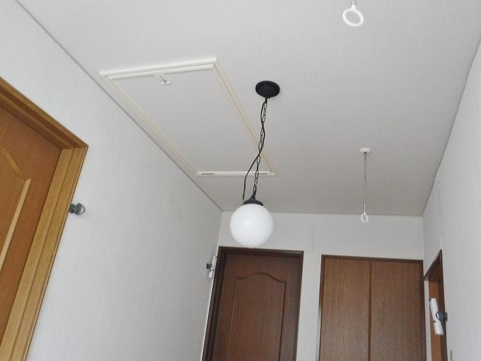 天井収納用はしご取付工事
