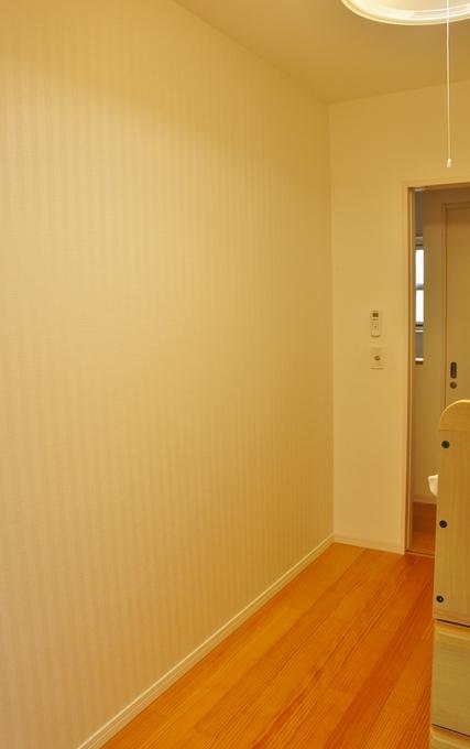 子供部屋用間仕切り壁設置工事