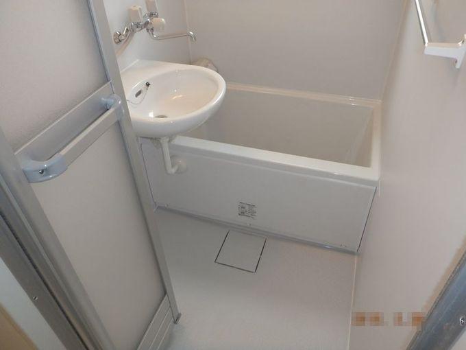 賃貸マンションの浴室とキッチンをリフォーム