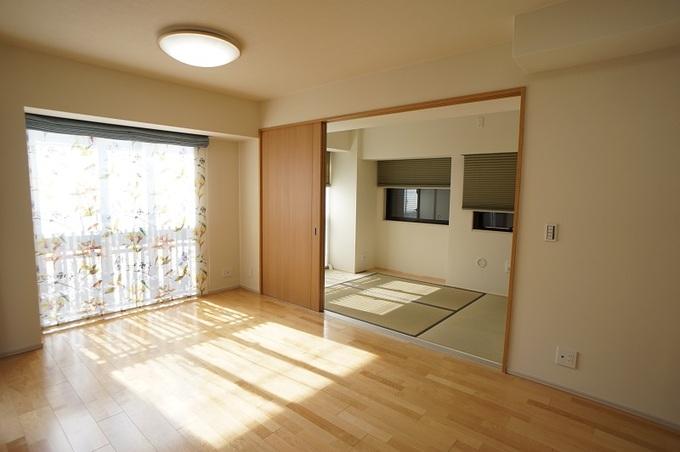 新築マンションの洋室を和室に