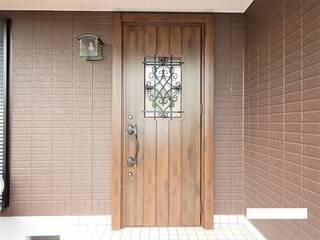 数時間の作業で玄関ドアが新しくなります