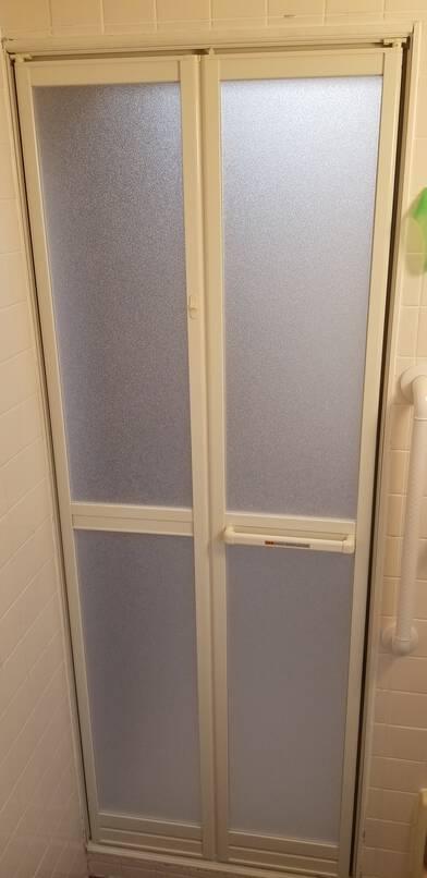 浴室ドア☆改修工事