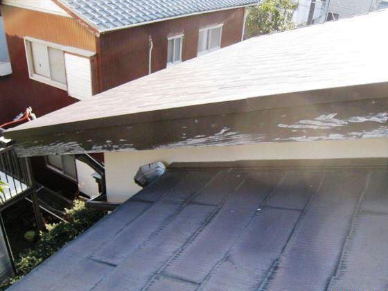 カラーベストの上に葺き重ねるには最適な屋根材