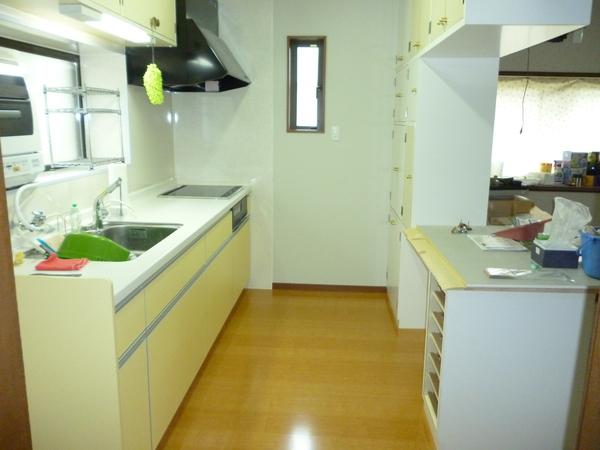開放的なキッチン空間