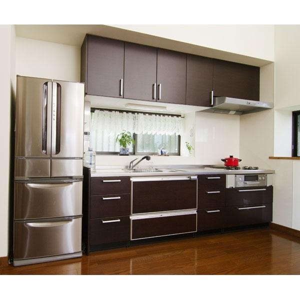 湿気対策リフォームに合わせた自然素材に映えるキッチン