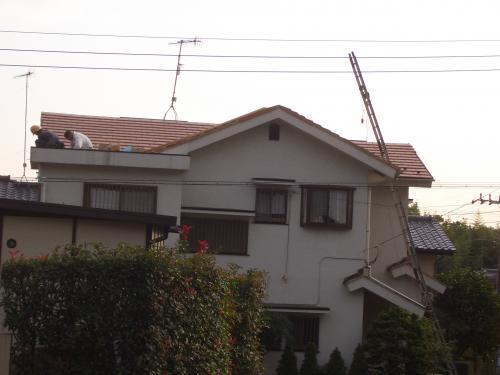 耐久性の落ち着いた屋根へ