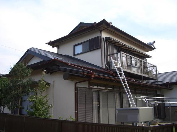 地震に強いガルバリウム鋼板を採用
