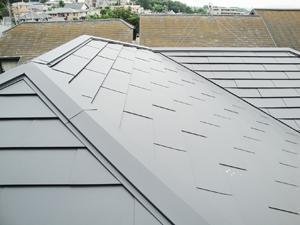 軽い屋根になりました
