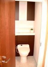 シンプルなトイレ【トイレ】