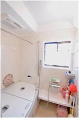 清潔感のある浴室【バス】