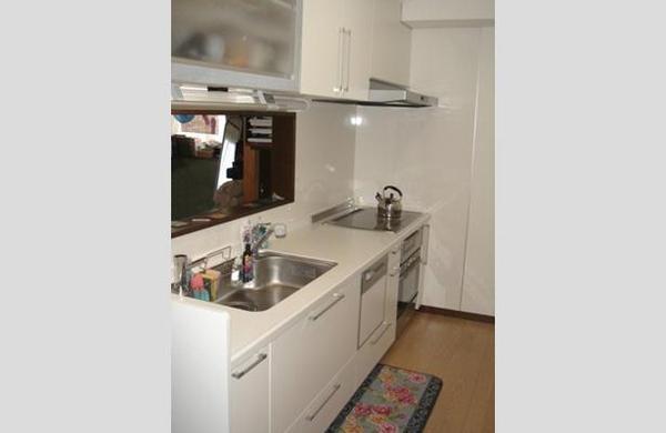 充実した機能を備えたキッチンとなり、安全で掃除も手軽になりました。