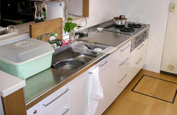 大容量の収納で便利なキッチンに変身【キッチン】
