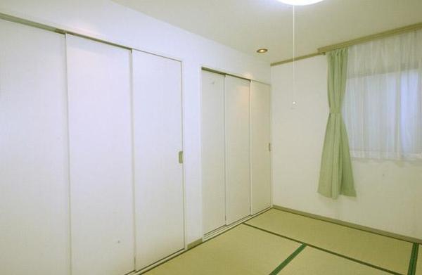 和モダンなテイスト和室を1階に【和室】