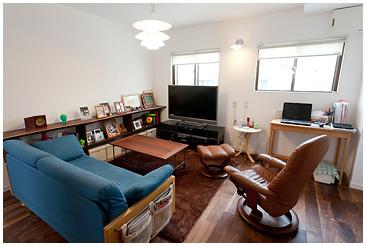 機能性の高い自然素材で、温もりのある安らぐ部屋に。