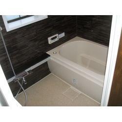 シロアリ駆除と同時に浴室をリフォームしました